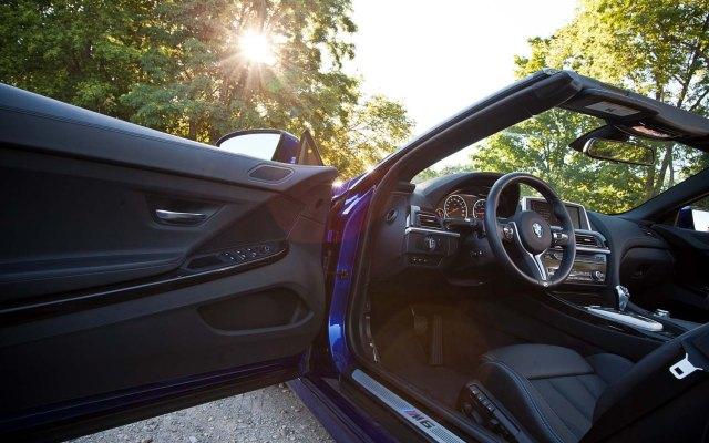 2012-BMW-M6-Convertible-interior